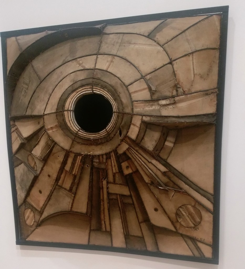 6-lee-bontecou-untitled-eye-sculpture-1960-welded-steel-and-canvas-art-institute-of-chicago