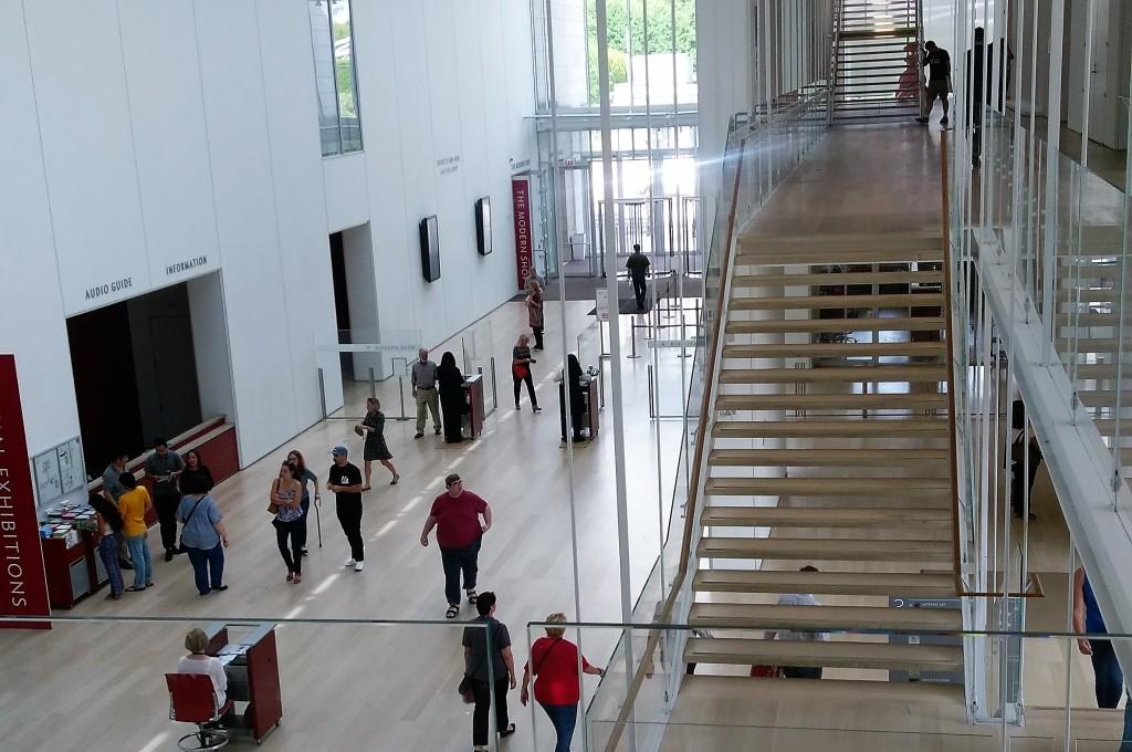 8-contemporary-part-of-art-institute-of-chicago