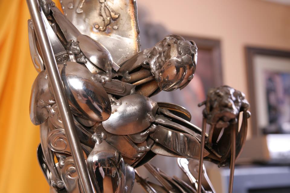 14-kako-skulpture-izgledaju-iz-blizine