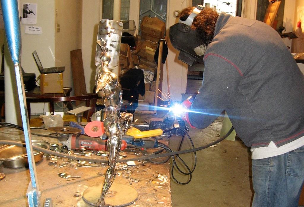 2-u-umetnickom-ateljeu-kao-u-limarskoj-radionici