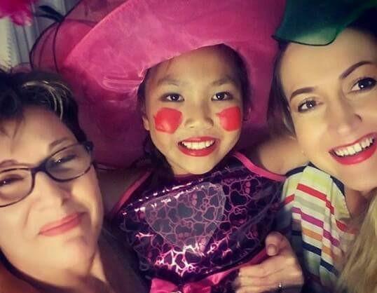2. Docek Nove 2015. godine sa devojcicom Zoe i Viktorijom