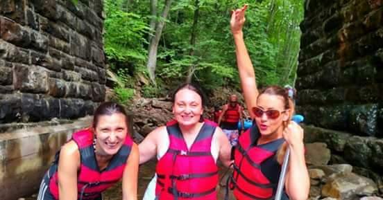 4. Rafting u mestu Poconos ( Pokonos ) 2016. godine sa prijateljicama Martom i Sanjom.
