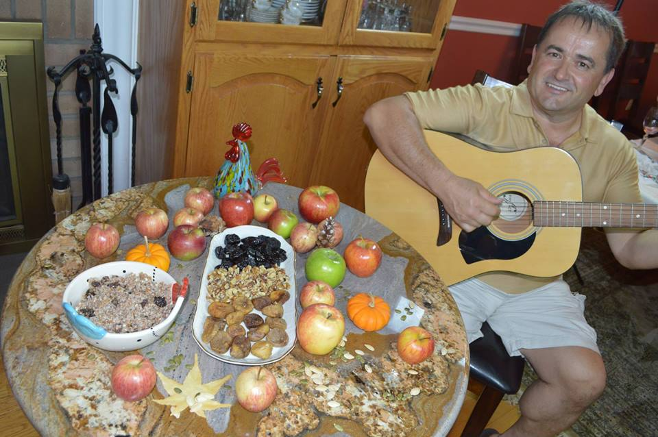 6. 2. . Summer, guitar and apples