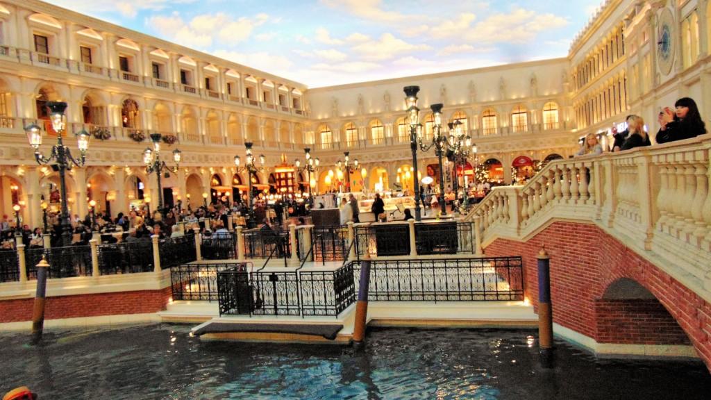 60. Pleasant evening in Venice