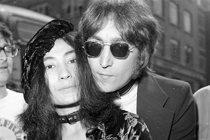 john-lennon-and-yoko-ono-in-london-july-20th-1971