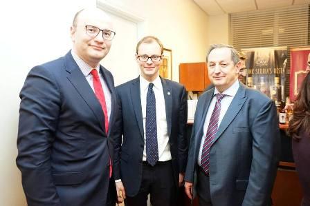 4. (sleva) Piotr Janicki, generalni konzul, Poljske Piotr Janicki, Mantvydas Bekšius, generalni konzul Litvanije i András Juhász, ekonomski atase Madjarske